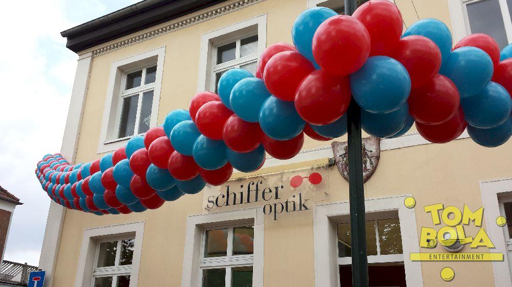Stadtfest in Rees am Niederrhein, Deko für Schiffer-Optik 13 m